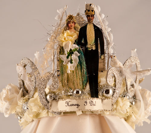 E - Honey I Do mini crown wedding topper