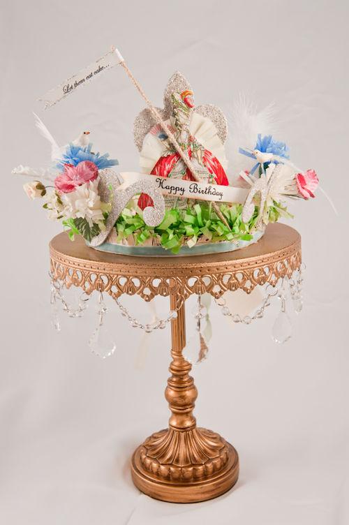 E - Marie Antoinette Crown
