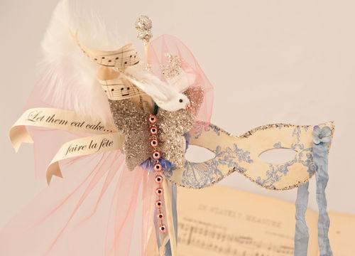 L - Marie Antoinette Opera Mask Detail
