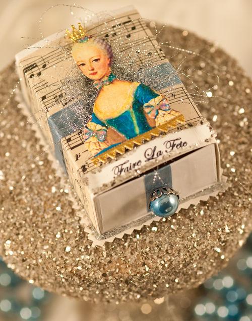 M - Marie Antoinette Trinket Box
